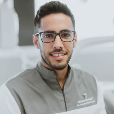 Dr. Vando Neto